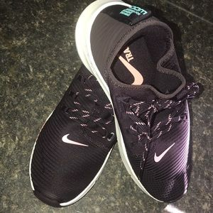 NEW!!! Nike shoes